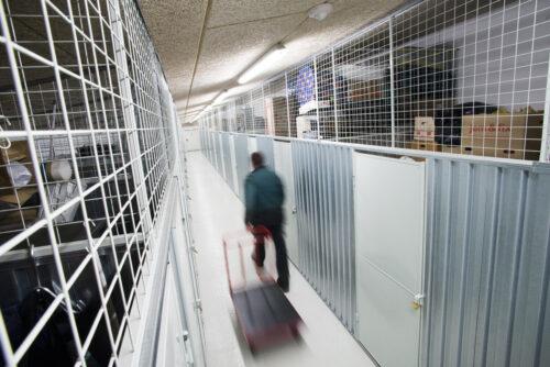 Masser af plads i gangene så det også er nemt at flytte større møbler og genstande